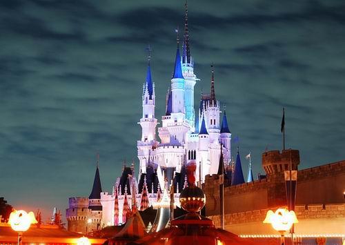 一.世界上最大的游乐场——奥兰多迪士尼乐园